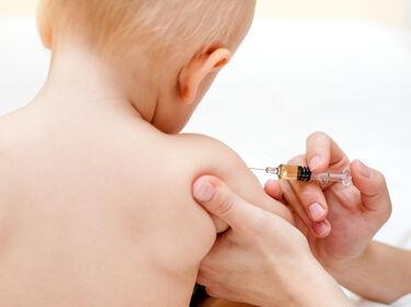 Védőoltások gyermekeknek