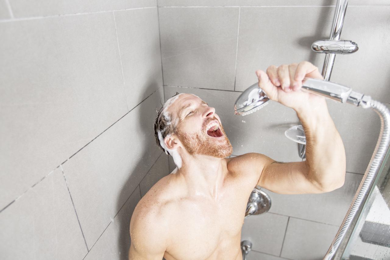 Férfi fürdőszoba
