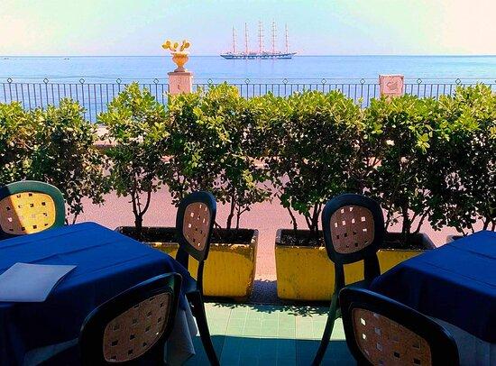 giardini naxos a taormina távolságra milyen férgek vannak a szemében